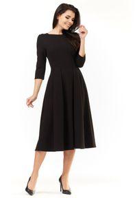 Infinite You - Klasyczna sukienka z rozkloszowanym dołem. Materiał: materiał, bawełna, elastan. Długość rękawa: długi rękaw. Typ sukienki: rozkloszowane. Styl: klasyczny