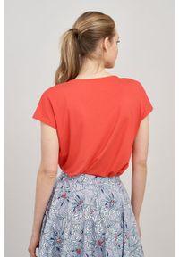 Marie Zélie - Bluzka Kordelia czerwień wiosenna krótki rękaw. Kolor: czerwony. Materiał: wiskoza, skóra, materiał, elastan. Długość rękawa: krótki rękaw. Długość: krótkie. Sezon: wiosna