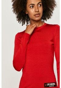 Czerwony sweter Love Moschino casualowy, z aplikacjami, na co dzień