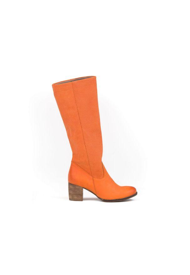 Pomarańczowe kozaki Zapato bez zapięcia, boho