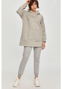 Answear Lab - Bluza bawełniana. Kolor: szary. Materiał: bawełna. Długość rękawa: długi rękaw. Długość: długie. Styl: wakacyjny