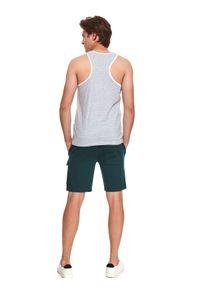 TOP SECRET - T-shirt bez rękawów z kieszenią. Kolor: biały. Materiał: bawełna, tkanina. Długość rękawa: bez rękawów. Sezon: lato. Styl: wakacyjny