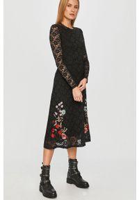 Czarna sukienka Desigual z aplikacjami, casualowa, na co dzień, midi #7