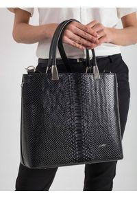 Czarna torebka ROVICKY elegancka