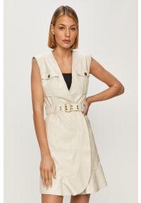 Pinko - Sukienka. Okazja: na co dzień. Kolor: biały. Długość rękawa: krótki rękaw. Typ sukienki: proste. Styl: casual