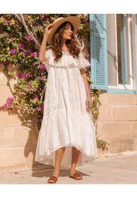BY CABO - Jedwabna sukienka Casablanca. Kolor: biały. Materiał: jedwab. Wzór: ażurowy. Długość: midi