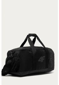 Czarna torba podróżna 4f z nadrukiem