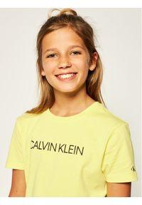 Żółta sukienka Calvin Klein Jeans casualowa, prosta