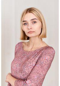Marie Zélie - Sukienka Emelina Arbustum różowa. Kolor: różowy. Materiał: wiskoza, dzianina, materiał, elastan, guma. Styl: klasyczny. Długość: midi