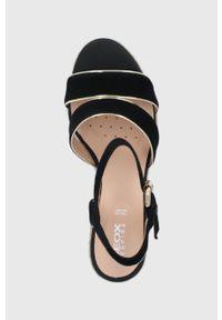 Geox - Sandały skórzane. Zapięcie: klamry. Kolor: czarny. Materiał: skóra. Obcas: na koturnie