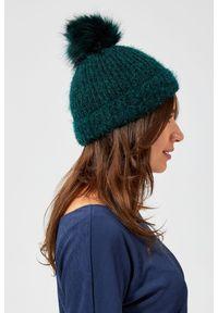 Zielona czapka MOODO