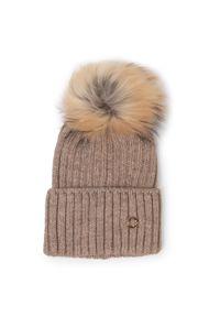 Beżowa czapka zimowa Granadilla