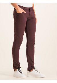 Czerwone spodnie Emporio Armani