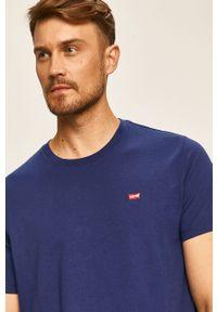 Niebieski t-shirt Levi's® na co dzień, z aplikacjami