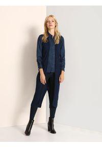 TOP SECRET - Kamizelka swetrowa damska. Kolor: niebieski. Materiał: dzianina, prążkowany. Długość: długie. Sezon: jesień, zima. Styl: elegancki
