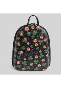Czarna torebka Mumka w kwiaty