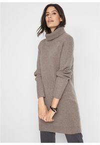 Brązowy sweter bonprix z golfem