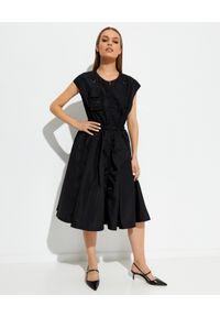 prada - PRADA - Czarna rozkloszowana sukienka midi. Kolor: czarny. Wzór: paski. Typ sukienki: rozkloszowane. Długość: midi