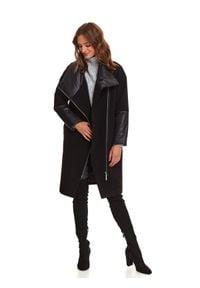 TOP SECRET - Komfortowy płaszcz z łączonych tkanin. Okazja: na co dzień. Typ kołnierza: kołnierzyk stójkowy. Kolor: czarny. Materiał: tkanina. Sezon: zima. Styl: casual
