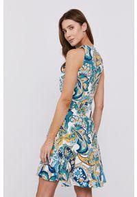 Morgan - Sukienka. Materiał: tkanina. Długość rękawa: na ramiączkach. Typ sukienki: rozkloszowane