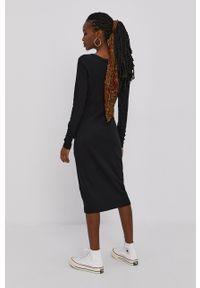 Brave Soul - Sukienka. Kolor: czarny. Materiał: dzianina. Długość rękawa: długi rękaw. Wzór: gładki. Typ sukienki: dopasowane