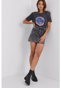 Answear Lab - Spódnica jeansowa. Okazja: na co dzień. Kolor: szary. Materiał: jeans. Styl: wakacyjny