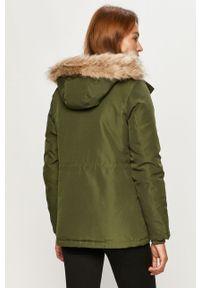 Zielona kurtka Vero Moda z kapturem