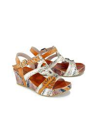 Laura Vita - LAURA VITA FACDIAO 13 SL80403-13A beige, sandały damskie. Zapięcie: rzepy. Kolor: beżowy. Materiał: skóra. Obcas: na koturnie