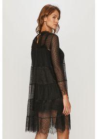 Czarna sukienka AllSaints rozkloszowana, z długim rękawem, ze stójką, mini