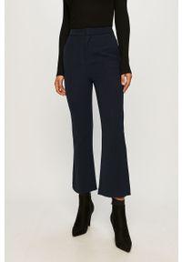 Niebieskie spodnie materiałowe Pepe Jeans