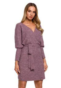 MOE - Swetrowa Mini Sukienka z Kopertowym Dekoltem - Wrzosowa. Kolor: fioletowy. Materiał: poliester, wełna. Typ sukienki: kopertowe. Długość: mini