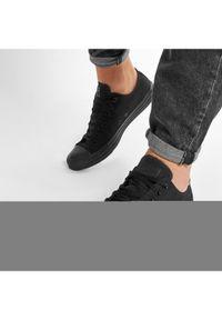 Czarne buty sportowe Converse