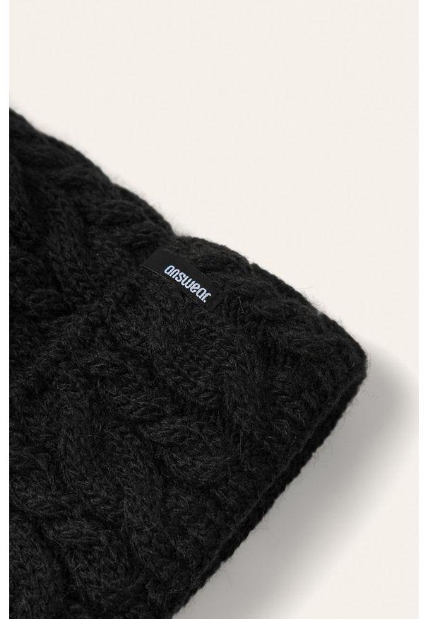 Czarna czapka ANSWEAR