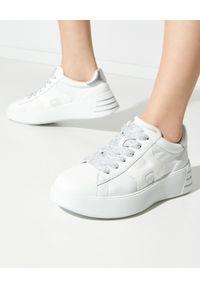 Hogan - HOGAN - Białe sneakersy Rebel. Nosek buta: okrągły. Kolor: biały. Materiał: jeans, materiał