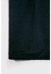 Niebieski szalik Calvin Klein