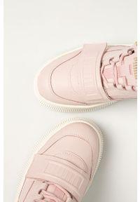Różowe buty sportowe Puma na obcasie, na sznurówki, na średnim obcasie