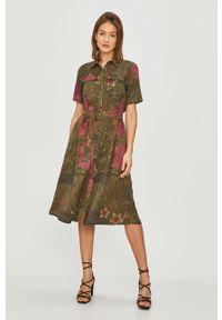 Zielona sukienka Desigual prosta, z krótkim rękawem, midi