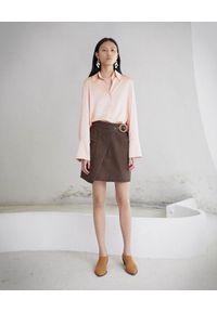 NANUSHKA - Brązowa spódnica Yeva. Okazja: na co dzień. Kolor: brązowy. Materiał: bawełna, materiał, jeans. Styl: sportowy, klasyczny, elegancki, casual
