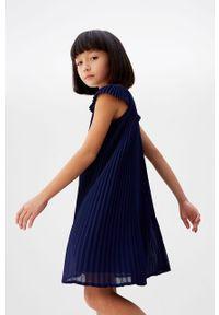 Niebieska sukienka Mango Kids mini, casualowa, prosta