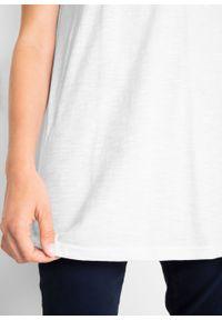 """Długi shirt """"boxy"""", krótki rękaw bonprix biały. Kolor: biały. Długość rękawa: krótki rękaw. Długość: krótkie"""