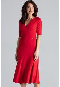 Lenitif - Elegancka sukienka midi rozkloszowana w kliny dekolt V czerwona. Okazja: do pracy, na co dzień. Kolor: czerwony. Typ sukienki: rozkloszowane. Styl: elegancki. Długość: midi