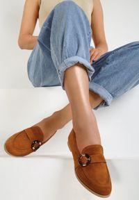 Renee - Camelowe Mokasyny Bobbie. Nosek buta: okrągły. Zapięcie: bez zapięcia. Materiał: materiał. Sezon: lato. Obcas: na obcasie. Wysokość obcasa: niski #5