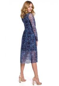Makover - Rozkloszowana sukienka z siateczki w kwiaty. Wzór: kwiaty. Typ sukienki: rozkloszowane