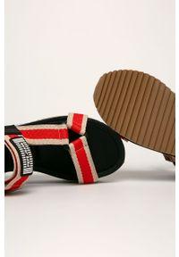 Wielokolorowe sandały Pepe Jeans na rzepy
