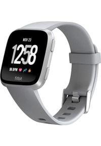 FITBIT - Smartwatch Fitbit Versa Szary Srebrny (FB505SRGY-EU). Rodzaj zegarka: smartwatch. Kolor: srebrny, wielokolorowy, szary