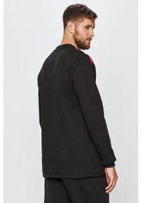 Czarna bluza nierozpinana Reebok Classic bez kaptura, z aplikacjami