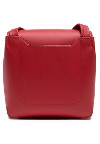 Lacoste - Torebka LACOSTE - S Crossover Bag NF3554LJ Cinabre 124. Kolor: czerwony. Wzór: aplikacja. Materiał: skórzane #6