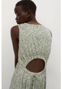 mango - Mango - Sukienka MAFALDA. Kolor: zielony. Materiał: tkanina. Typ sukienki: rozkloszowane