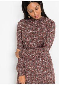 Sukienka midi z nadrukiem bonprix czarno-czerwony w kwiaty. Kolor: czarny. Wzór: kwiaty, nadruk. Długość: midi