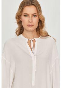 Biała bluzka Silvian Heach na co dzień, z długim rękawem, krótka
